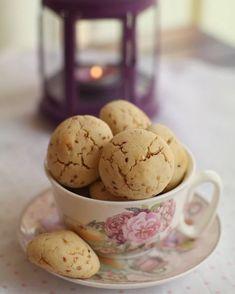 Öyle bir kurabiye düşünün ki kurabiyeyi yapmaya başladığınızda önce kavurulan susamların kokusu eve yayılacak, ardından hazırlanan…