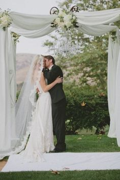Browse our Indoor wedding photo gallery for thousands of beautiful wedding pictures. Find amazing wedding ceremony ideas and get inspiration for your wedding. Wedding Ceremony Ideas, Wedding Arbors, Wedding Tips, Wedding Photos, Wedding Draping, Backdrop Wedding, Arch Wedding, Garden Wedding, Bridal Pics
