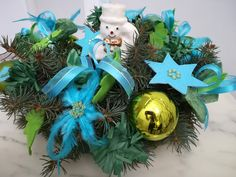 Craftrebella: Advent Wreath 2018 - Have a nice Advent Time ! Advent Wreath, Old And New, Recycling, Tapestry, Wreaths, Wool, Christmas Ornaments, Lifestyle, Knitting