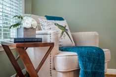 Pillow and Throw Styling Home Staging, Blanket, Pillows, Simple, Bed, Inspiration, Ideas, Biblical Inspiration, Stream Bed