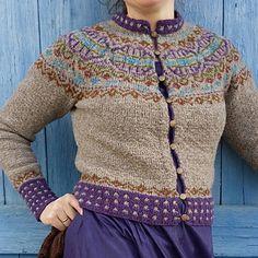 Ravelry: Elins kofte pattern by Wenche Roald Knitting Patterns Free, Free Knitting, Free Pattern, Crochet Patterns, Fair Isle Knitting, Knitting Yarn, Norwegian Knitting, Cardigan Design, Knitwear