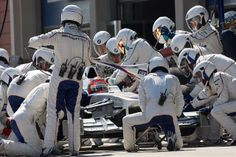 Robert Kubica in de pit Formula One, Grand Prix, F1, Racing, Passion, Inspiration, Running, Biblical Inspiration, Auto Racing