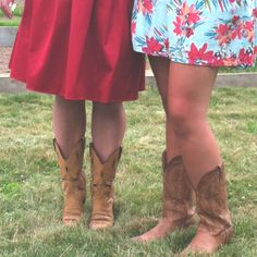 Cowboy boots and dresses makes for a perfect summer day<3