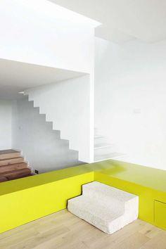 Scala da interni dal design moderno n.38