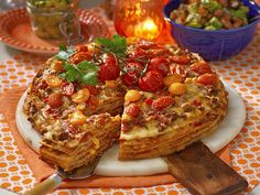 Gratinerad tacotårta med guacamole