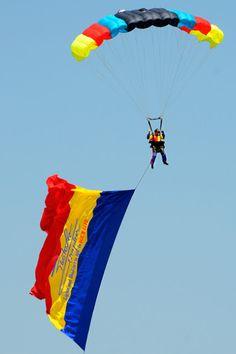 The National Team of Parachutists - Romania Bucharest, Air Show, Light And Shadow, First Photo, Romania, Aviation, Lights, Photos, Life
