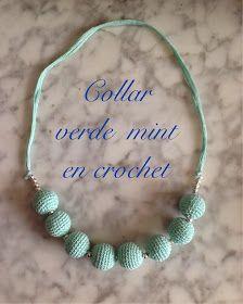 Hace mucho tiempo (y cuando digo mucho, digo años) que una amiga lucía un precioso collar hecho en lana. El collar era con cuentas grandes ...