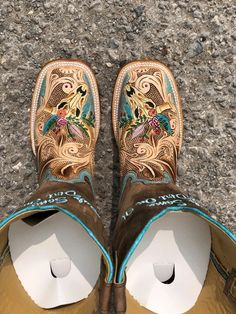 Cute Cowgirl Boots, Cowgirl Outfits, Cowgirl Style, Womens Cowgirl Boots, Cowgirl Clothing, Cowgirl Bling, Cute Shoes, Me Too Shoes, Tin Haul Boots