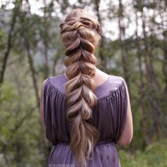 """7,661 Likes, 49 Comments - Mia & Linda (@aurorabraids) on Instagram: """"Twists and a chunky pull-through braid"""""""