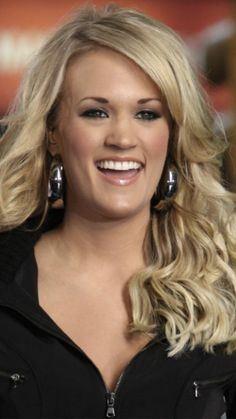 Carrie Underwood Country Singers, Country Music, Carrie Underwood Bikini, All American Girl, She Song, Love Her Style, Celebs, Celebrities, Country Girls