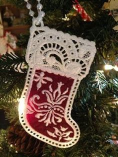 Embroidery It: Christmas Machine Embroidery Free Standing Lace