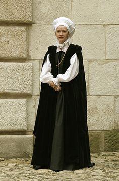 "Late Renaissance Polish dress           late renaissance polish noble lady garment. Bodice and skirt (apart) are made of black taffeta, black velvet coat in eastern (so called ""Russian"") style."