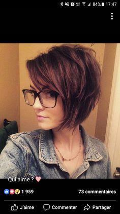 Unique Short Hairstyles Ideas For Women de cabelo Short Hair With Layers, Layered Hair, Short Hair Cuts, Pixie Cuts, Short Pixie, Short Bob Hairstyles, Pretty Hairstyles, Medium Haircuts, Long Haircuts