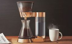 In the pursuit of the perfect cup of coffee, there are more than a few things you have to pay attention to. The Poppy Pour-Over handles all of them. With a hopper that holds 1.25 lbs of beans and a connected burr grinder, you're guaranteed the freshest cup of coffee possible