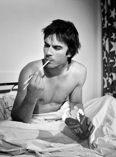 Ian Somerhalder Strips Down For New Photo-shoot Dani Strehle Staff Writer WARNING! What you're about to see may cause inexplicable squealing and hot flashes: Vampire Diaries hunk Ian Somerhalder. Vampire Diaries Damon, The Vampires Diaries, Ian Somerhalder Vampire Diaries, Vampire Diaries Wallpaper, Vampire Diaries The Originals, Channing Tatum, Christian Grey, Hugh Jackman, Eminem