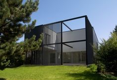 black cube house - Kuba Wozniczka and Rafal Specylak - KameleonLab architects