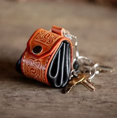 Mens leather keychain, keyring, keychain, keyfob, keyholder. Tiny irish bag…