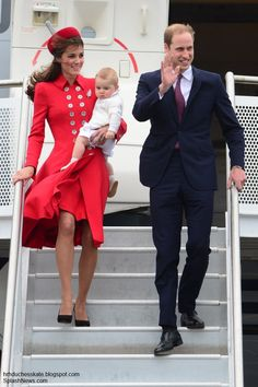 Monday, 7 April 2014 Royal Tour 2014 Begins as the Cambridges Touch Down in Wellington The royal tour officially began today when The Duke a...