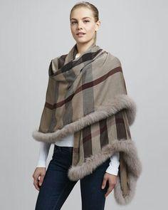 5a3e74a2e2e9 Burberry scarf Fourrure, Foulard, Tissage, Burberry Écharpe, Accessoires De  Fourrure, Manteau