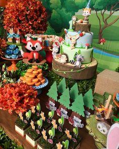 32 Ideas Baby Shower Decorations Woodland Theme Forest Animals For 2019 Woodland Theme, Woodland Party, Forest Baby Showers, Forest Party, Baby Shower Fun, 1st Boy Birthday, Baby Party, Baby Shower Decorations, Barbie