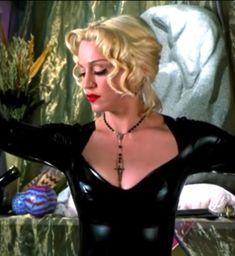 """Madonna in Four Rooms, 1995 "" Madonna 90s, Madonna Albums, Madonna Fashion, Madonna Music, Lady Madonna, Madonna Videos, Madonna Photos, Bruce Willis, Quentin Tarantino"