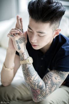 Just browsin through Hair and Beauty and BAM, i run into Jay Park. lol
