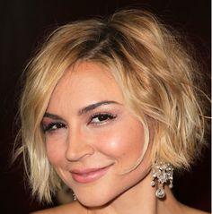 Katlı ve küt saç söylediğin de insanların aklına tek bir tip saç kesim modeli gelmemeli. Sebebiyse katlı küt kesim saç modeli dendiğinde, uzun kesim katlı, kısa küt, kısa küt katlı,