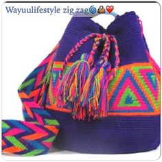 Worki mochilla i wayuu Tapestry Crochet Patterns, Crochet Motif, Knit Crochet, Crochet Handbags, Crochet Purses, Knitting Designs, Crochet Designs, Mochila Crochet, Diy Sac