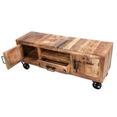Práctico mueble bajo de televisor para salón comedor con inspiraciones de estilo industrial