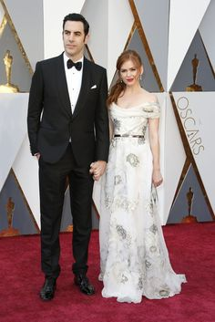 f1f74c33dce Sacha Baron Cohen and Isla Fisher in Marchesa. Red Carpet Ready