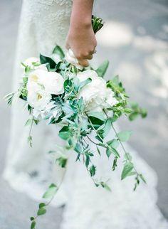 14-2016-wedding-trends-1217-courtesy. Prediction: Cascading Bouquets —The Hidden Garden