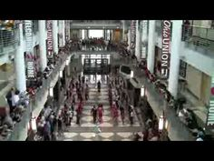 """Flash Mob at Ohio Union at Ohio State University performing """"Don't Stop Believing"""" (Glee version)"""