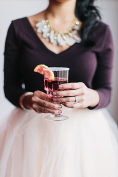 Winter Wedding: HOT DRINKS	 Spiked apple cider, mulled wine, Hot Toddies—the choices for delicious warm beverages are endless!