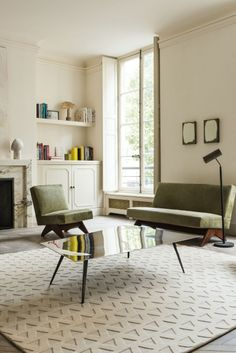 Triangles White by Suzanne Sharp for The Rug Company