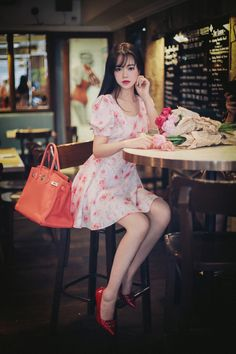 ( *`ω´) If you don't like what you see❤, please be kind and just move along. Asian Fashion, Girl Fashion, Fashion Looks, Fashion Outfits, Pretty Asian, Beautiful Asian Women, Asian Woman, Asian Girl, Cute Dresses