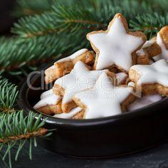 gebackene Zimtsterne / baked cinnamon cookies