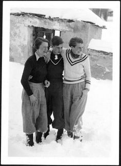 What Is Femininity, Vintage Winter Fashion, 1920 Men, 1940s Mens Fashion, Victor Victoria, Vintage Lesbian, Tomboy Look, Beauty And The Best, Vintage Sportswear