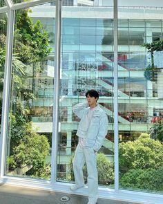 Bangkok Thailand, Bright Pictures, Chainsmokers, Ulzzang Boy, I Win, Mens Clothing Styles, Korean Actors, My Boyfriend, Pretty Boys