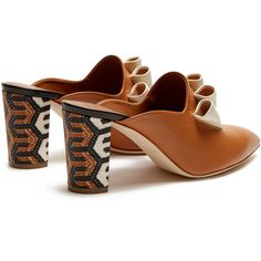 Malone Souliers Hazel geometric heel-print leather mules ($327) ❤ liked on Polyvore featuring shoes, block shoes, pointy toe shoes, tribal pattern shoes, leather shoes and color block shoes