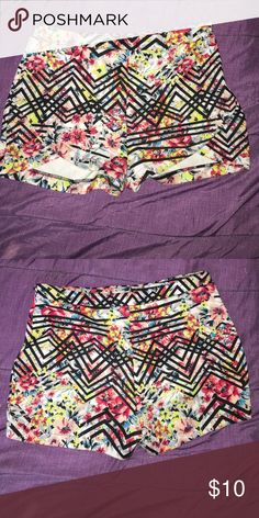 Shorts Colorful Hight waist shorts with flower prints on them never use these just tried them on and couldn't fix them Material Girl Shorts