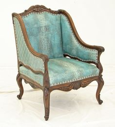 Beautiful chair from Old Hickory Tannery My Living Room, Living Room Chairs, Living Room Decor, Old Hickory Tannery, Gypsy Home, Western Furniture, Western Homes, Shabby, Take A Seat