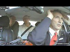 Taxi Stoltenberg -  Primer ministro de Noruega maneja taxi para saber las necesidades de su población.