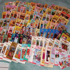 Baby-Sitters Club Books i had probably read all of them by the time i was in grade. Archie Comics, Babysitters Club Books, Good Books, My Books, The Baby Sitters Club, My Babysitter, Sisters Book, 90s Toys, Fandoms