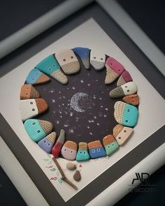 Best and simple pebble art ideas for beginners - Geschenke. - New Craft Stone Crafts, Rock Crafts, Diy And Crafts, Crafts For Kids, Arts And Crafts, Kids Diy, Decor Crafts, Pebble Painting, Pebble Art