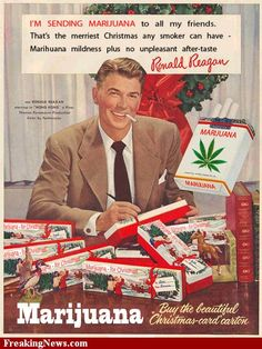 Vintage Christmas Ad for Chesterfield Cigarettes. With actor, Ronald Reagan. later to be President of the United States. Weird Vintage Ads, Retro Vintage, Photo Vintage, Vintage Dior, Retro Ads, Vintage Stuff, Vintage Ladies, Posters Vintage, Vintage Advertising Posters