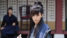No Min Woo's Hair: A History Absolutely gorgeous long haired style! And a nice face too~ No Min Woo, Absolutely Gorgeous, Beautiful, Good Doctor, Interesting Faces, Hair A, Wig Hairstyles, Kdrama, Eye Candy