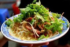 Mix vegetable with dry beef and eat with special sause make food so delecious. Only people ate can explan for you Vietnamese Salad Recipe, Vietnamese Cuisine, Vietnamese Recipes, Indian Food Recipes, Asian Recipes, Ethnic Recipes, Papaya Recipes, Mint Salad, Beef Salad