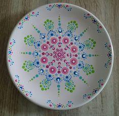 Gerelateerde afbeelding Mandala Painting, Dot Painting, Ceramic Painting, Ceramic Art, Pottery Painting Designs, Pottery Art, Painted Pottery, Sculpture Romaine, Stippling Art