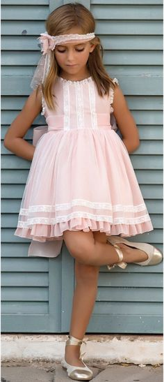 New Wedding Vintage Outfit Flower Girls Ideas Toddler Dress, Baby Dress, The Dress, Cute Girl Dresses, Dresses For Teens, Little Girl Outfits, Kids Outfits, Baby Girl Fashion, Kids Fashion