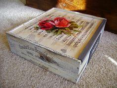 How To Antique Wood, Vintage Wood, Sky Design, Bottle Crafts, Chalk Paint, Decorative Boxes, Antiques, Diy, Painting